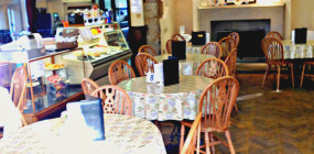 If you are looking for a tea room in Astley or the surrounding area, there is surely none better than one situated in the grandeur of Damhouse, a magnificent 16th century manor house.